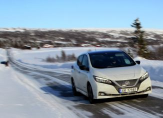Test električnih avtomobilov zimska vožnja